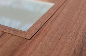 detail zapuštěného rámečku proskledných dveří SOLODOOR SIMA